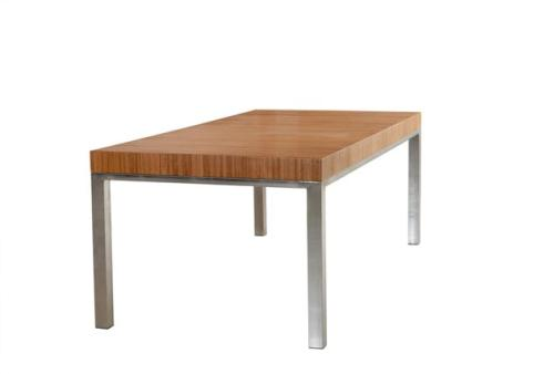 שולחן במבוק רגל נירוסטה