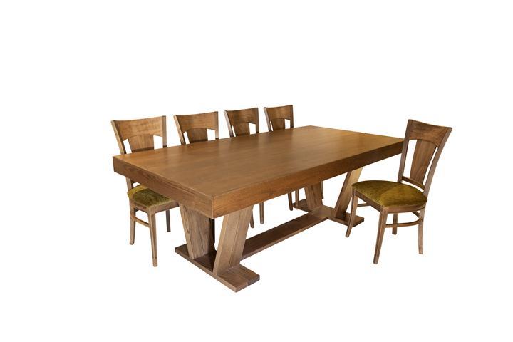 שולחן ספיר